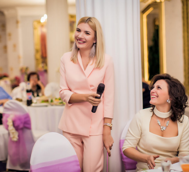 Ведущая Виктория Еременко Одесса. Ведущий на свадьбу, корпоратив в Одессе. Выездная Роспись Одесса. Не Тамада